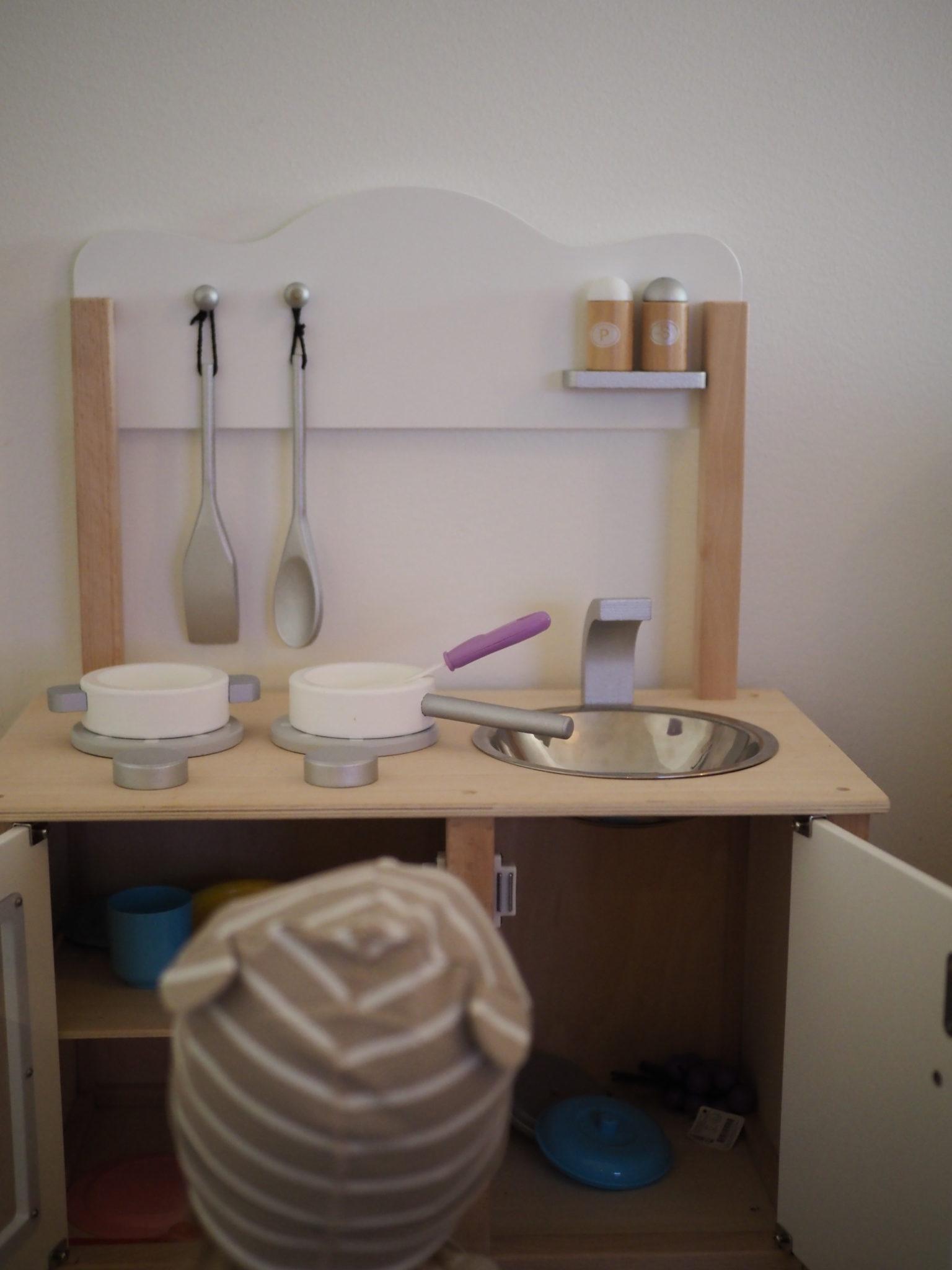 lasten keittiö